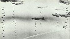 B-17 dropping bombs