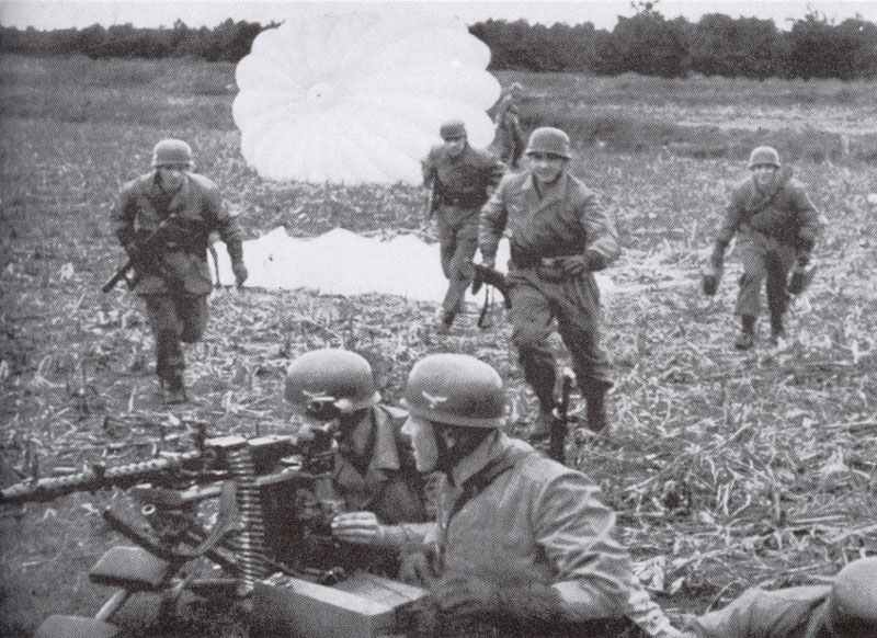 German Paratroopers during the air landings in Holland