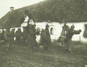 German machine-gunners with Maxims