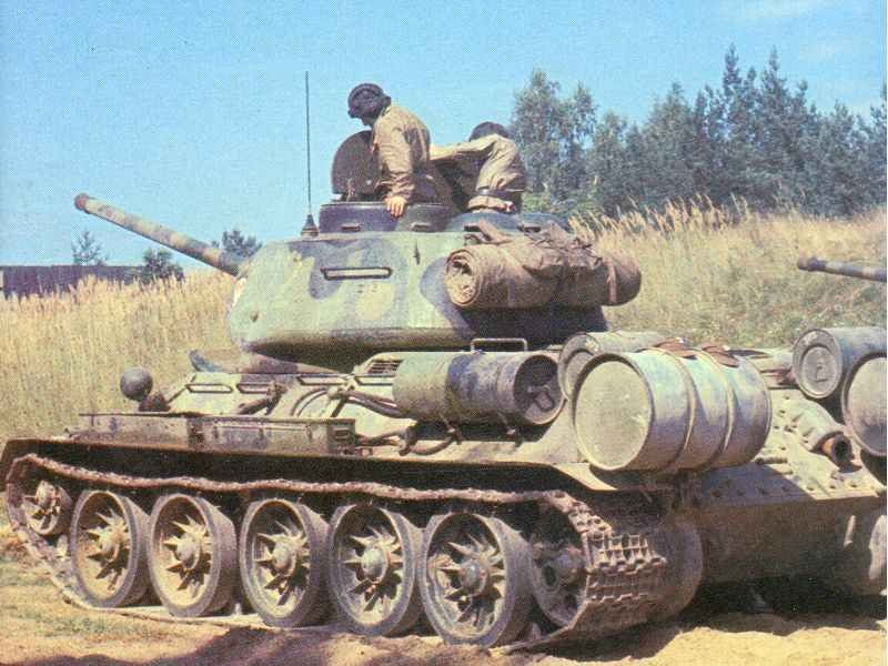 colour picture of a T-34-85.