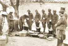 Tea and bread for Greek soldiers at Canea