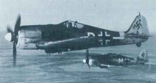 pair of Focke-Wulf Fw 190 G-3 extended-range fighter-bombers