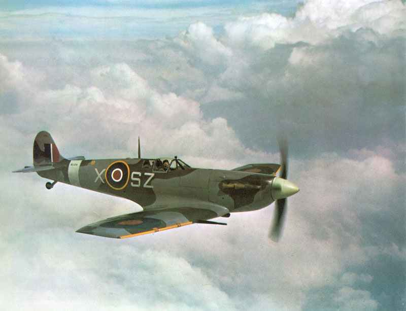 Spitfire Mk V > WW2 Weapons
