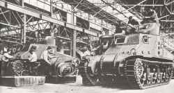 M3 Lee tanks under construction