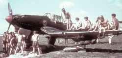 ground crew of a Stuka dive-bomber