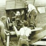 loading a 7.5-cm-mountain gun 36 in a Ju 52