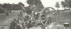 German artillerymen during the Brusilov offensive