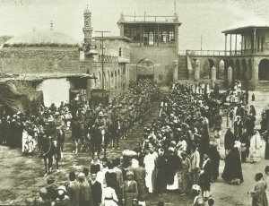 British troops march into Baghdad