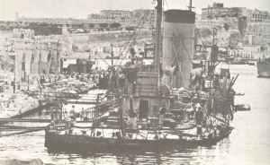 Naval tanker Plumleaf