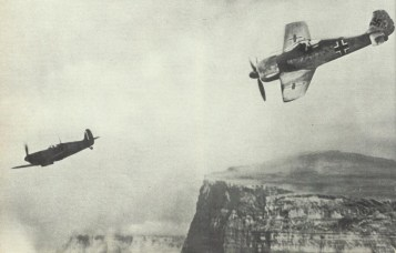Fw 190 attacking a Spitfire