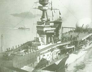 'HMS Furious' with a Sea Scout Z anti-submarine balloon