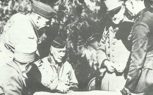US Commander Fredenhall in Tunisia