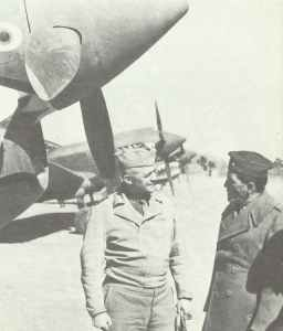 General Arnold (left), chief of USAAF, talks with General Chennault