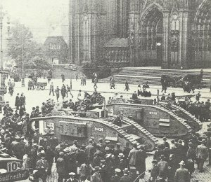 tanks in front of Cologne Cathedral