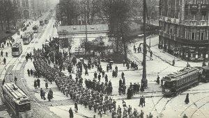 Reichswehr troops marched across Potsdamer Platz in Berlin