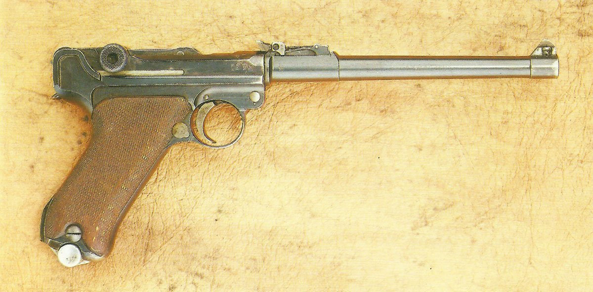 Luger Pistol 08 > WW2 Weapons