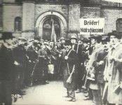 Armed workers in Berlin.