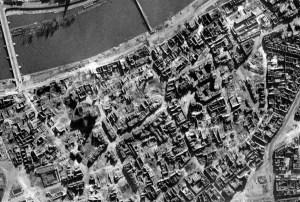 City centre of Frankfurt after the night raids