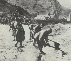 French soldiers evacuate the Rhineland