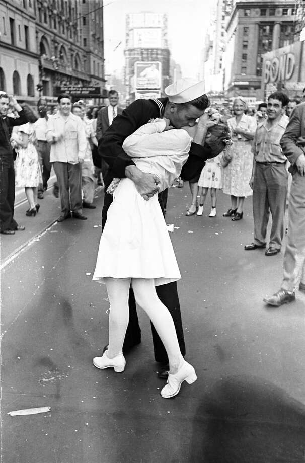 Glenn Edward McDuffie was an 18-year-old sailor whose kiss with nurse Edith Shain became famous. Photo: Alfred Eisenstaedt