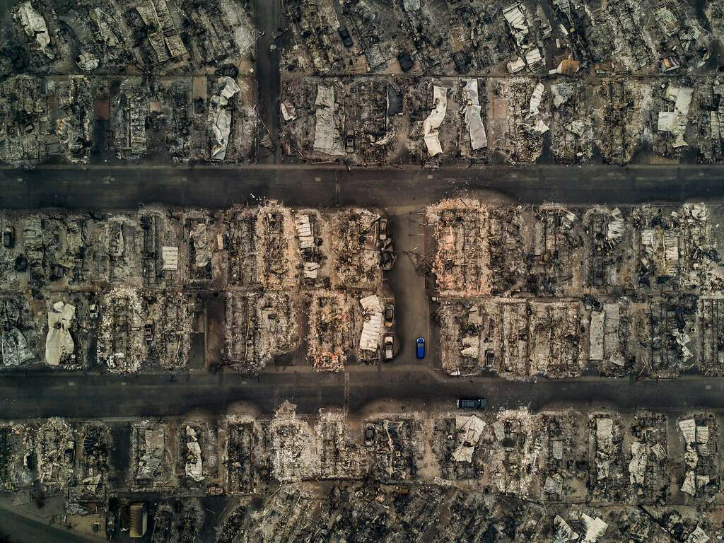 An aerial view of blocks of burned down homes at the Journey�s End Mobile Home Park after a wildfire passed through in Santa Rosa, Calif., Oct. 10, 2017. (Josh Haner/The New York Times) Photo: JOSH HANER, NYT