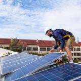 Federal Agency Votes Against Cheaper Solar Panel Imports