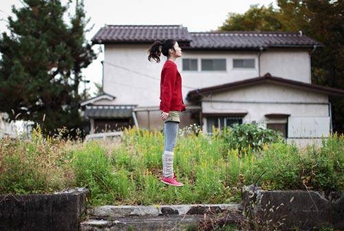 Levitating Photography