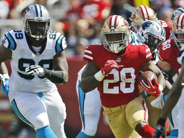 FILE - In this Sept. 10, 2017, file photo, San Francisco 49ers running back Carlos Hyde (28) runs against the Carolina Panthers during the first half of an NFL football game in Santa Clara, Calif. The 49ers face the Arizona Cardinals on Sunday. (AP Photo/Tony Avelar, File) Photo: Tony Avelar, Associated Press