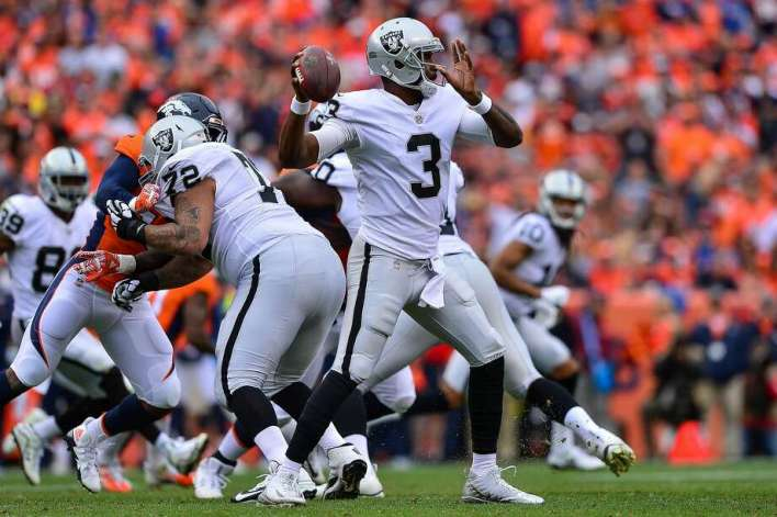 Manuel was 11-for-17 passing for 106 yards in a quarter and a half after taking over for the injured Derek Carr. Photo: Dustin Bradford, Getty Images