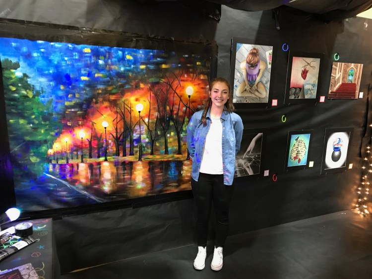 makayla-rose-art-show