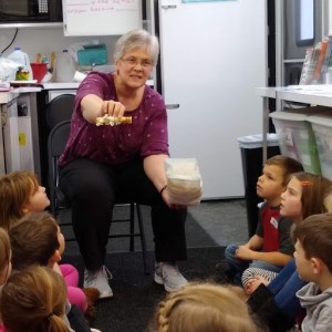 Mobile Agriculture Education Science Lab Visits Western Wayne Elementary Students