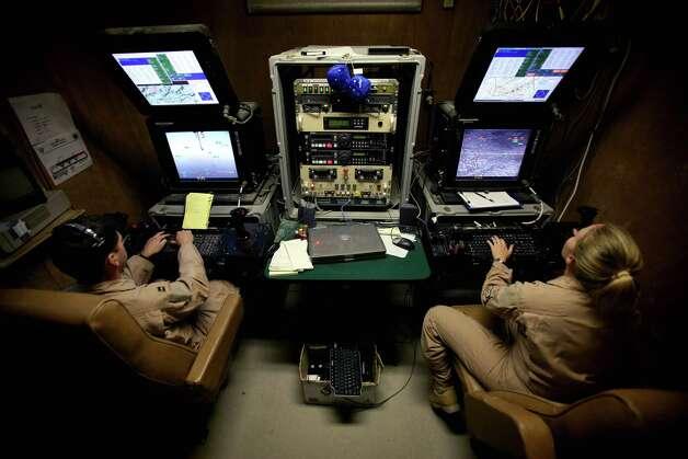 Pilots control U.S. Predator drones flying over Afghanistan from a base in Las Vegas on May 2, 2006. Photo: Veronique De Viguerie, Getty Images / 2006 Veronique de Viguerie