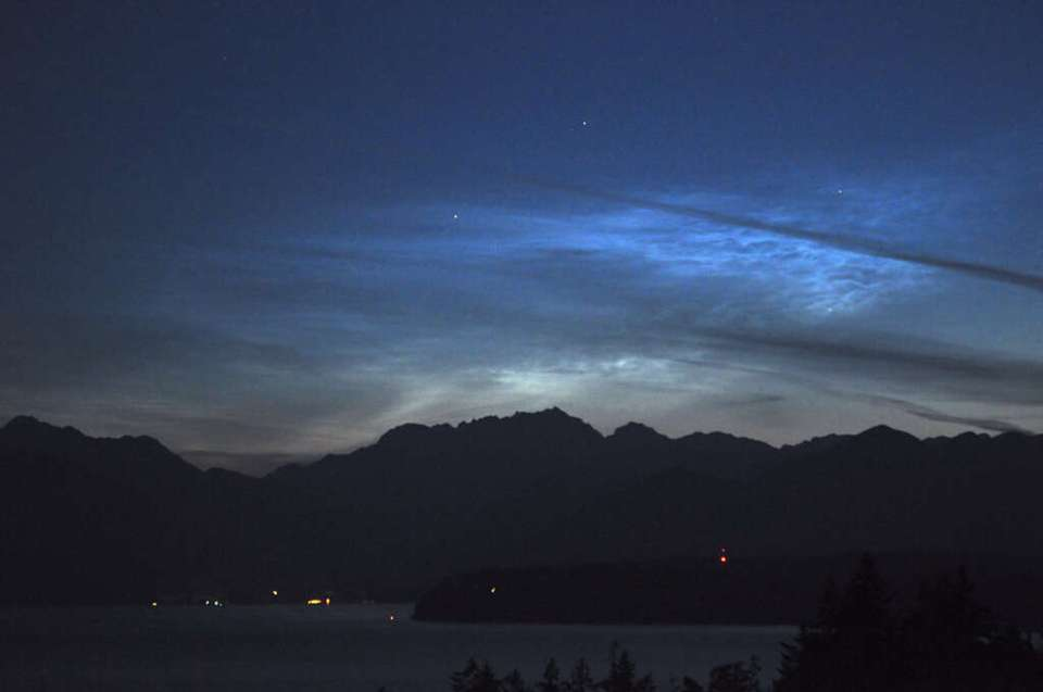 Noctilucent clouds over Silverdale WA on Jul. 15, 2009. Photo by Dale Ireland and SpaceWeather.com Photo: SpaceWeather.com