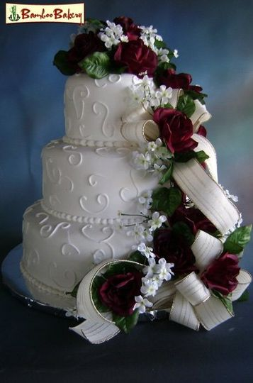 Bamboo Bakery   Wedding Cake   Phoenix  AZ   WeddingWire     800x800 1219861184244 155
