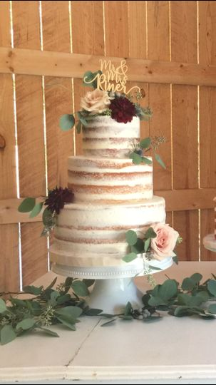 Magpies Bakery   Wedding Cake   Knoxville  TN   WeddingWire