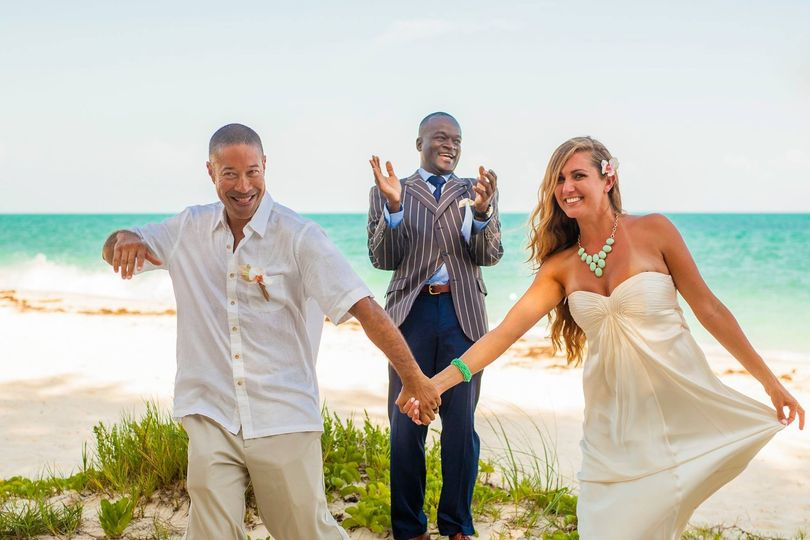 Bahamas Marriage Certificate   Officiant   Nassau   WeddingWire 800x800 1457024027156 121409188937856506749384563273694814324735o  800x800  1457024084110 120802628935675906967441360009970935786742o