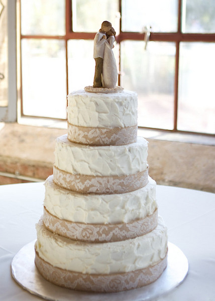 Rustic Fall Georgia Wedding Cake Wedding Cakes Photos   Pictures     The four tier cake was decorated with burlap and lace ribbons  Venue  The