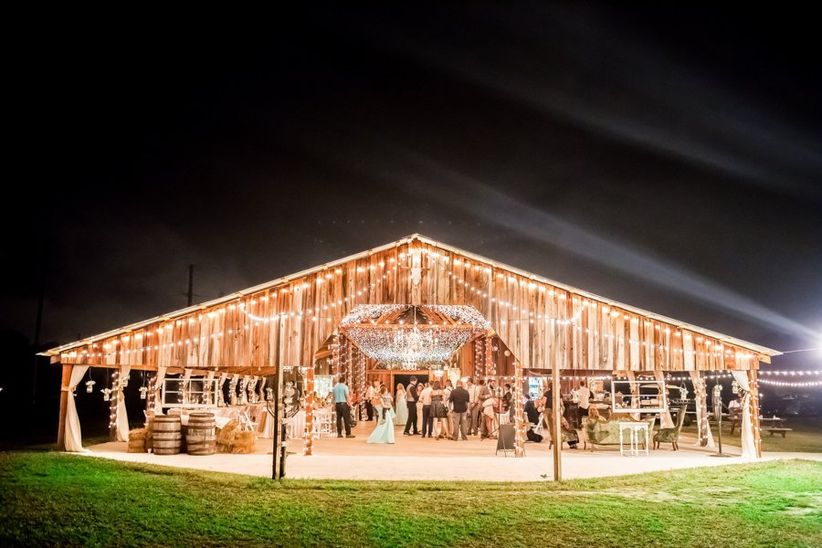 20 Farm And Barn Wedding Venues For An Event Thats Rustic