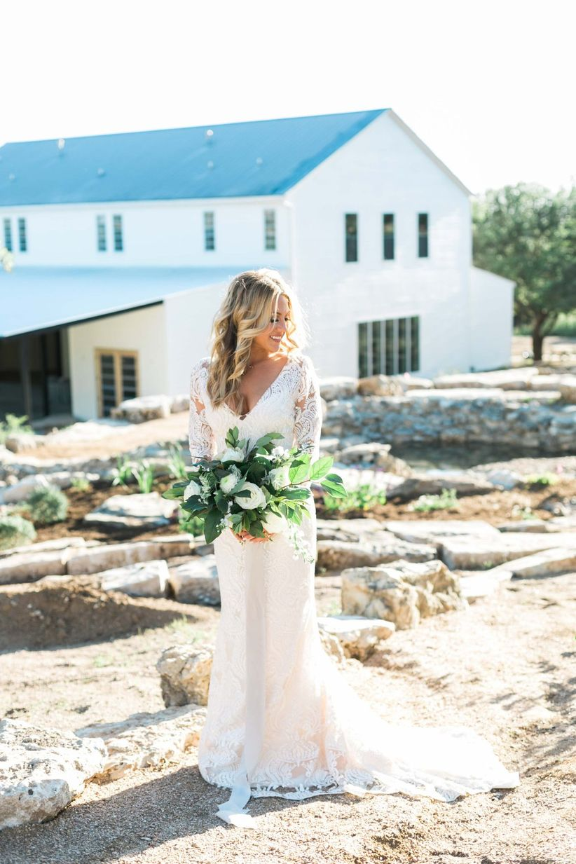 These Modern Rustic Wedding Ideas Are Farmhouse Style ...