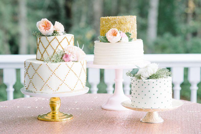10 Expert Tips To Avoid A Summer Wedding Cake Meltdown