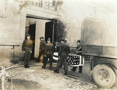 Transporting war dead. Source: Army Signal Corps.