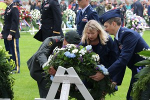 Laying the U.S. Paratrooper Society wreath at Margraten. Photo courtesy Andre Jans.