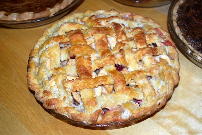 Winnie Winkle apple cranberry pie post 2021