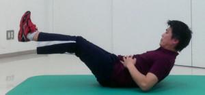 姿勢保持のための腹筋トレーニング
