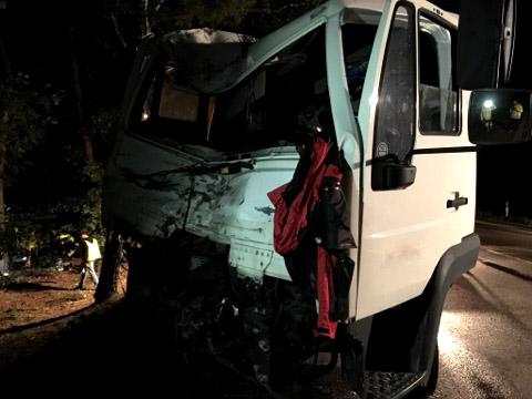 Śmiertelny wypadek na drodze z Marek do Zegrza, fot: Autopomoc Zawadzki Krzysztof