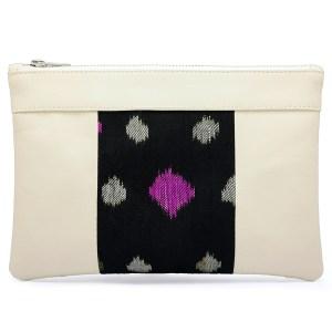 Le sac qui fait pochette, 100% vegan en Blanc Crème et Noir Étoiles, fabriqué en France pour l'empowerment des femmes.
