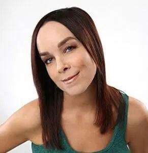 Erica Schroeder Headshot