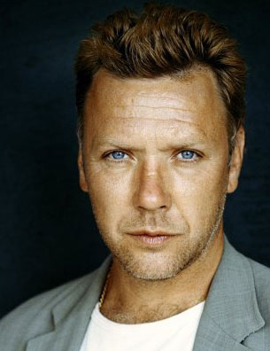 http://www-images.theonering.org/torwp/wp-content/uploads/2010/12/mikaelpersbrandt.jpg?/> /><br /> <img src= /><strong>
