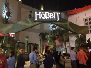 Fans Line-Up for The Desolation of Smaug