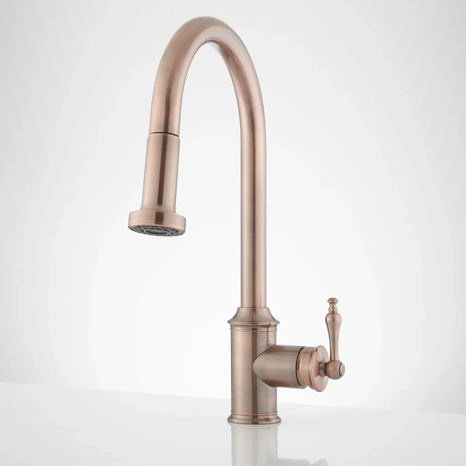 southgate single hole pull down kitchen faucet